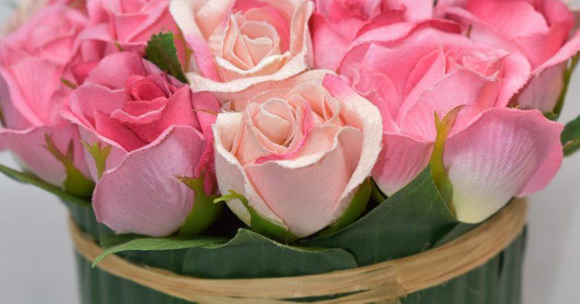 6 Sposobów na sztuczne kwiaty